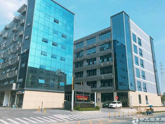 布吉丹竹头地铁站附近新出800平带装修标准厂房出租