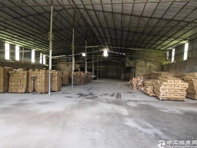 新出厂房单一层厂房2000,电70,租9块每平米
