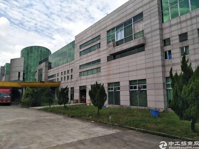平湖富民工业区一楼800平方