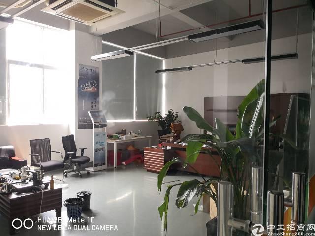 石岩红本厂房带豪装办公室和卡座整层2500㎡可当写字楼用