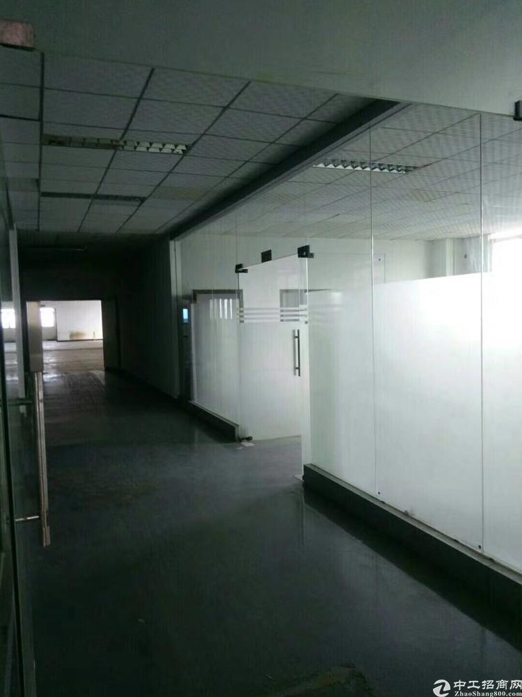 福永宝安大道旁、2500平米、精装修厂房、公摊小