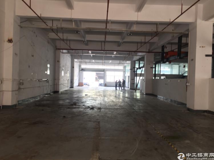 东莞上元村一楼1750平带行车滴水高度7米现成办公室和水电