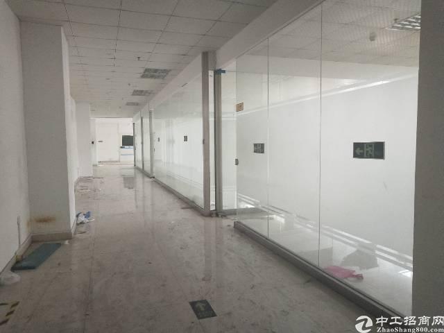 公明田寮一楼2280平带办公室装修牛角消防喷淋