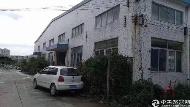 陈江镇新出砖墙到顶厂房