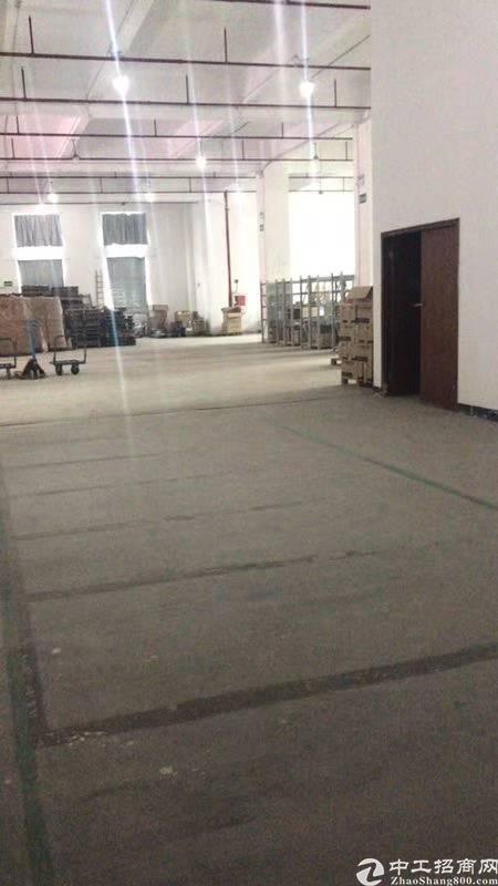 布吉李朗房东厂房2200平方出租