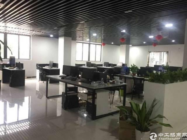 沙井后亭地铁口附近精装修写字楼3000平方大小分租