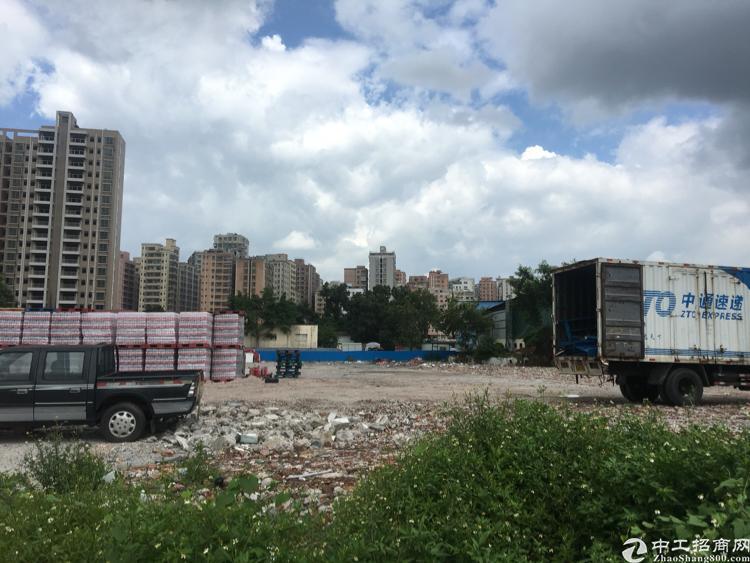 龙华清湖高速口硬化空地出租可做驾照放废铁