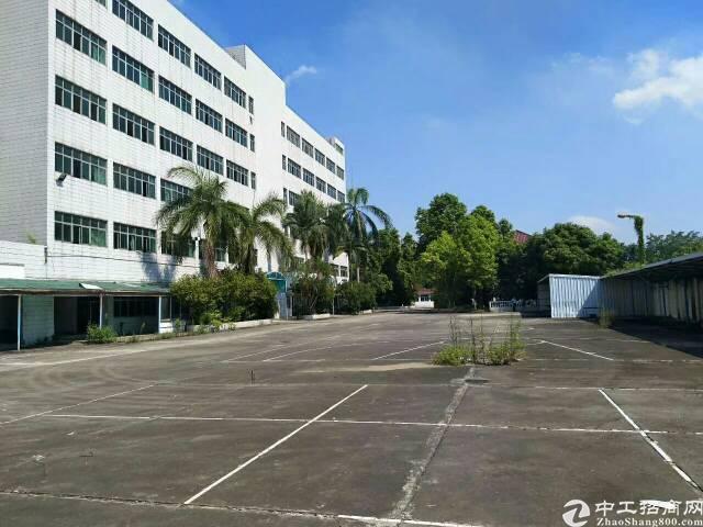 沙井大型工业园区二三楼各2600平带装修