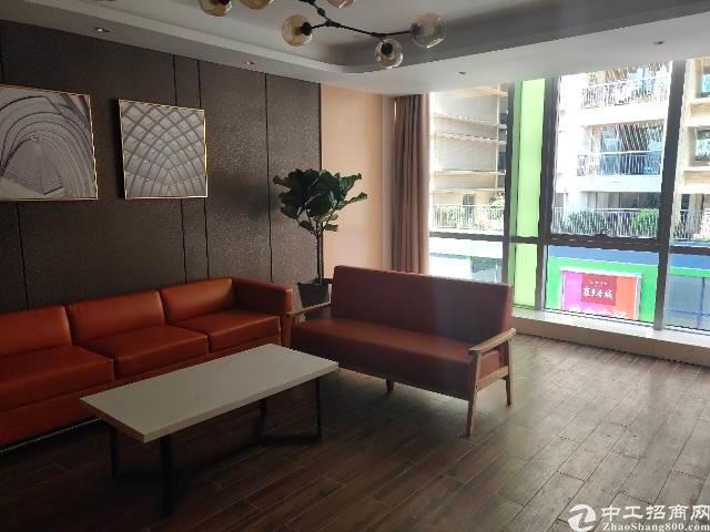 福永凤凰精装写字楼特价出租,面积可选户型方正,楼层高