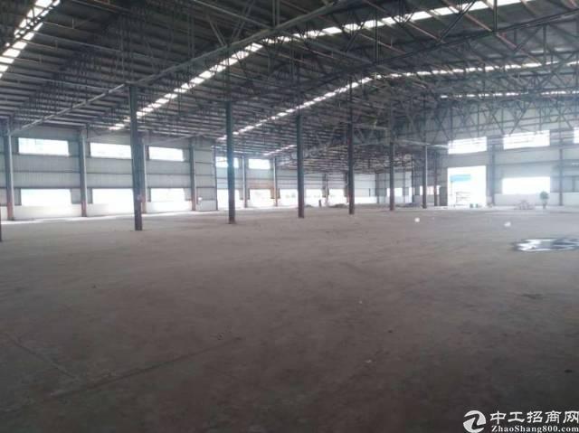 松山湖钢结构滴水十米,适合仓库或者各种工厂行业,大路边工业园