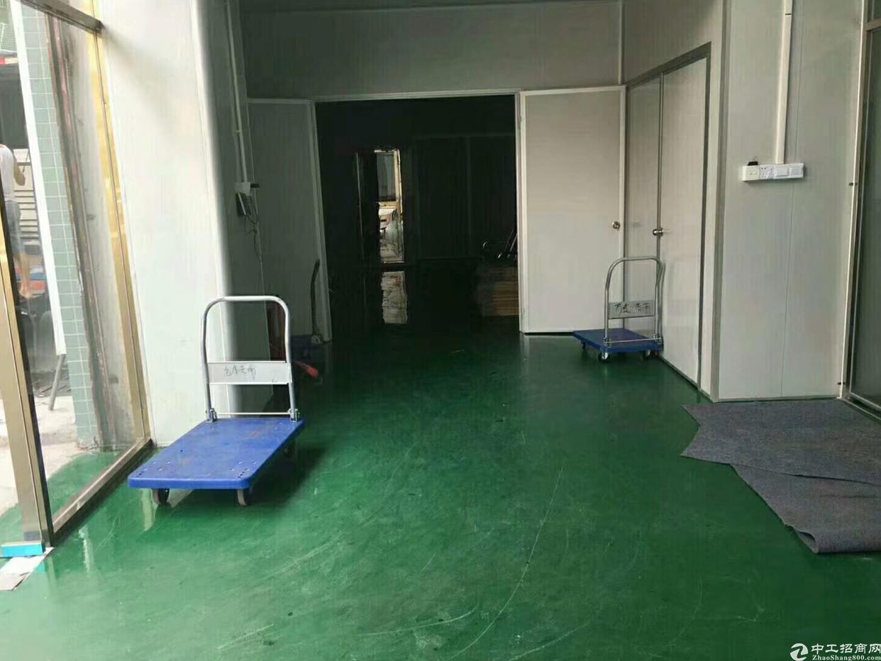靓盘急租红本厂房,全新地坪漆有装修价格低公摊小。