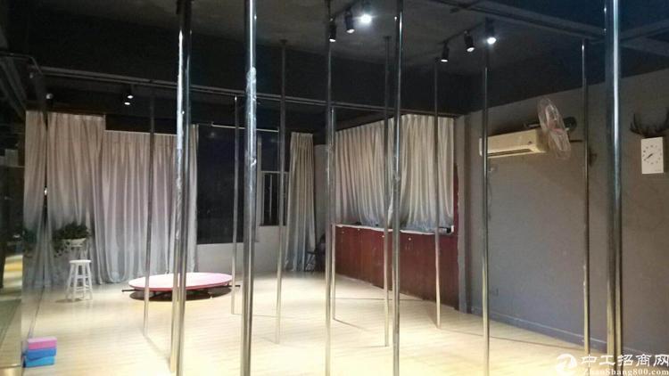 松岗红星全新装修舞蹈室380平米低价出租免转让费