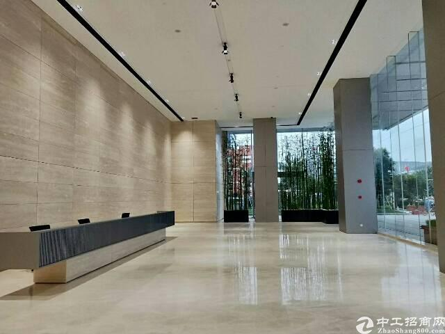 龙华沈海高速出口附近清湖地铁800米新出厂房