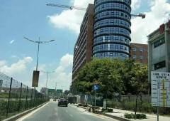 南城石鼓大量写字楼带豪华装修,免费停车出租。