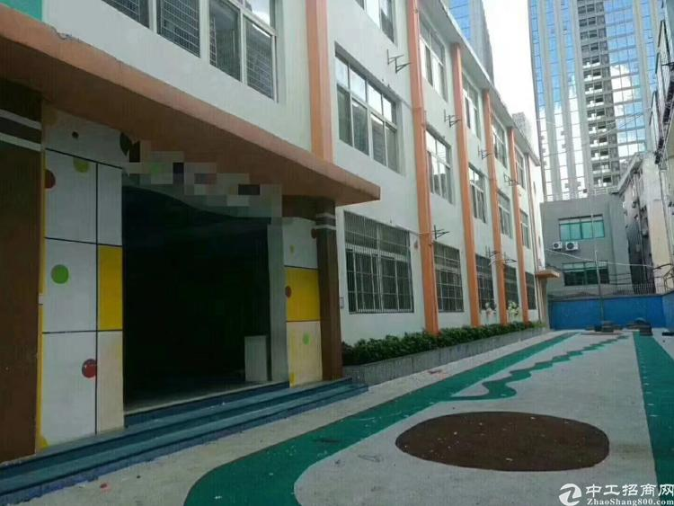 龙华民治新出原房东红本厂房两栋共约6000平