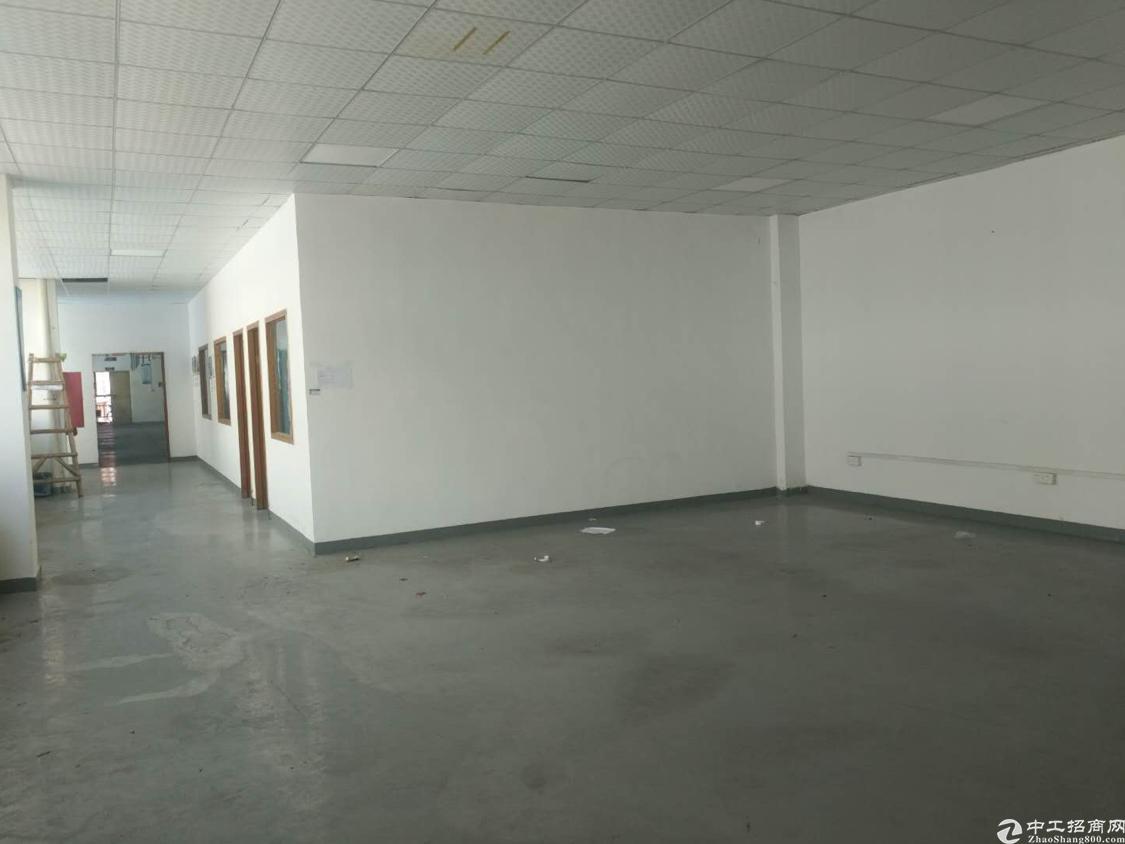 福永宝安大道福永地铁口500米新出楼上500平带装修免转让费