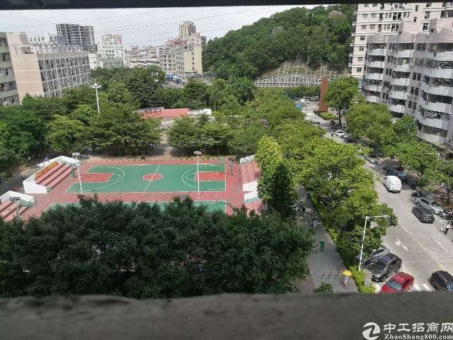 西乡桃源居附近恒丰工业城独栋厂房10500平米出租