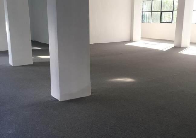 凤凰山脚下,全新厂房出租。