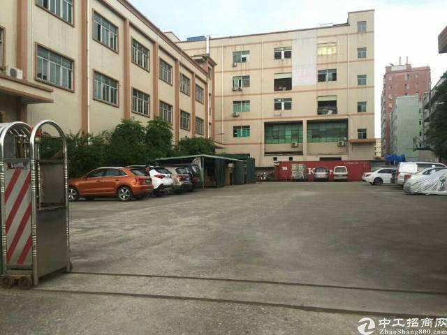 松岗沙浦围原房东独院1-3层3750平方,没公摊