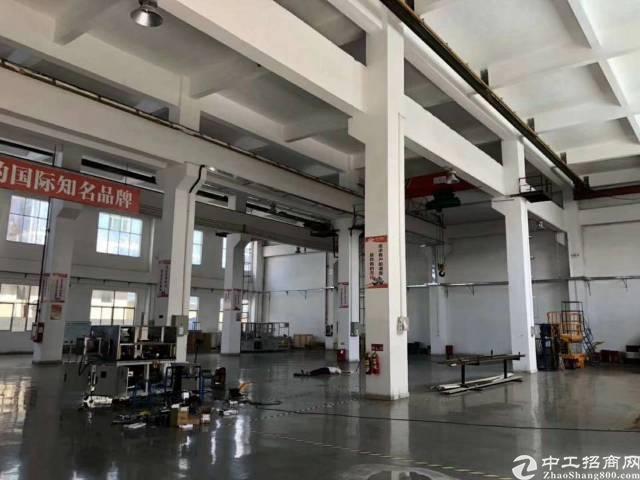 最新8米高一楼厂房2200平出租可分租报价30块