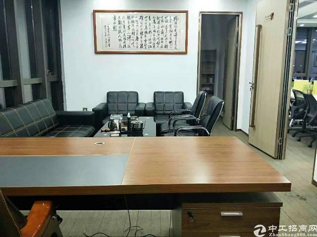 龙岗正中时代广场338平带家私办公室