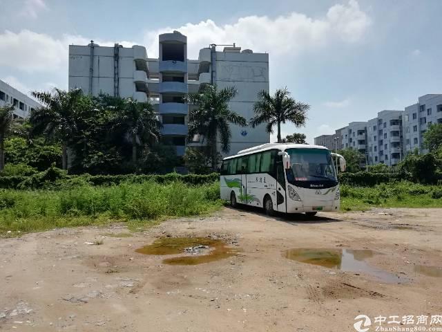 福永沿江高速口一楼3000平方空地出租