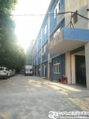 横岗六约深坑服装厂转让450平方出租带精装修办公室