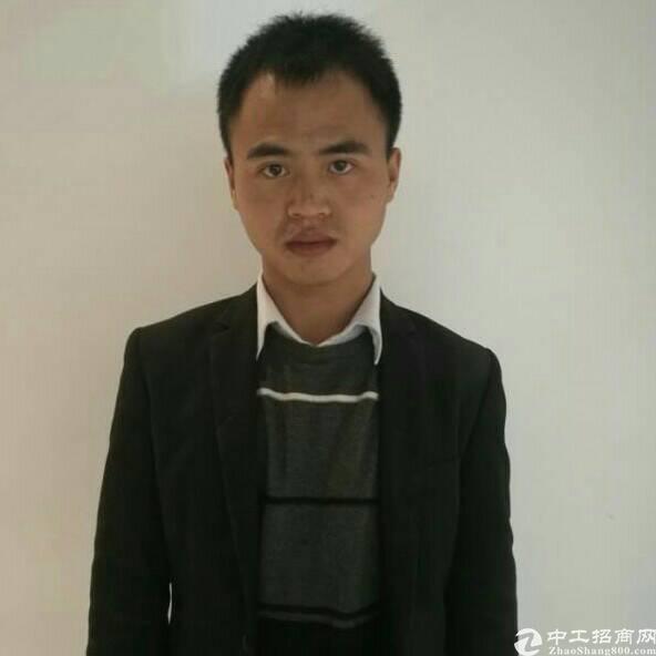 厂房经纪人游跃涛