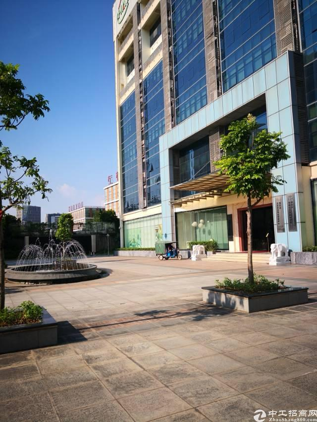 布吉李朗独院整层2600平方出租,企业总部办事处首选,近地铁