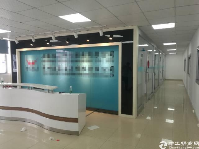 沙井地铁口附近新出楼上豪华装修整层3400平厂房出租