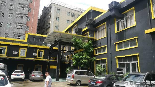 龙华龙胜地铁旁精装独院一楼1800平可分层高5.5米