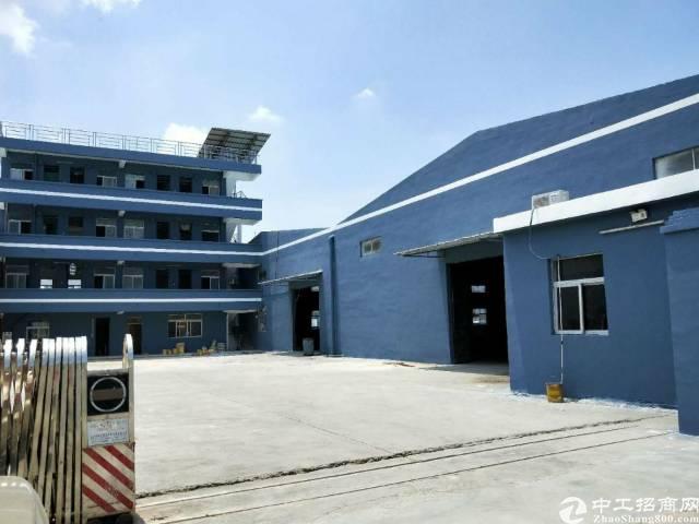 企石镇东部快线旁成熟工业区砖墙到顶单一层厂房3800平方