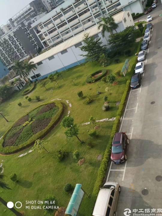 公明靠石岩新出原房东带红本花园式厂房3-4楼各3960平方