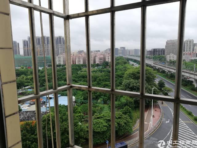 福永桥头地铁站简单装修80平2500打包价