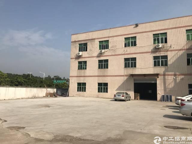 石碣占地6000平建筑4500平村委厂房出售