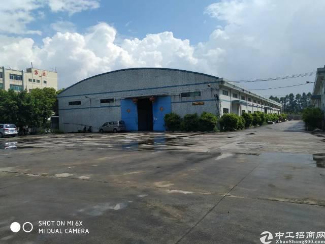 公明镇新出花园式独门独院钢构厂房4500平方招租
