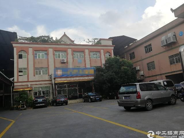公明镇新出精装楼上1000平米厂房