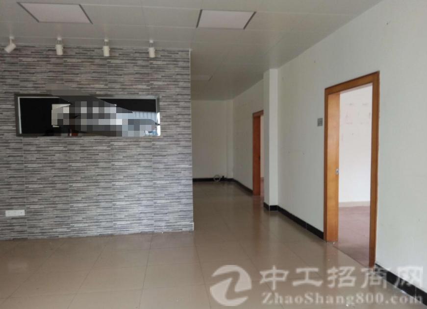 万江新村一栋二层720带现成办公室装修出租