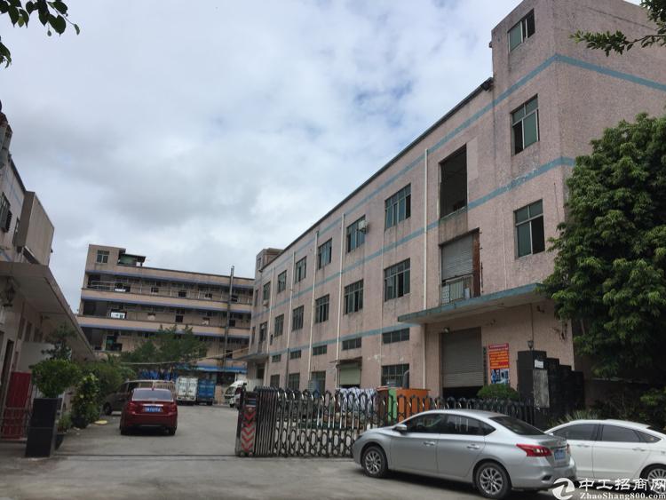 松岗红星靠居民区原房东独院厂房出租三层6500平米无公摊