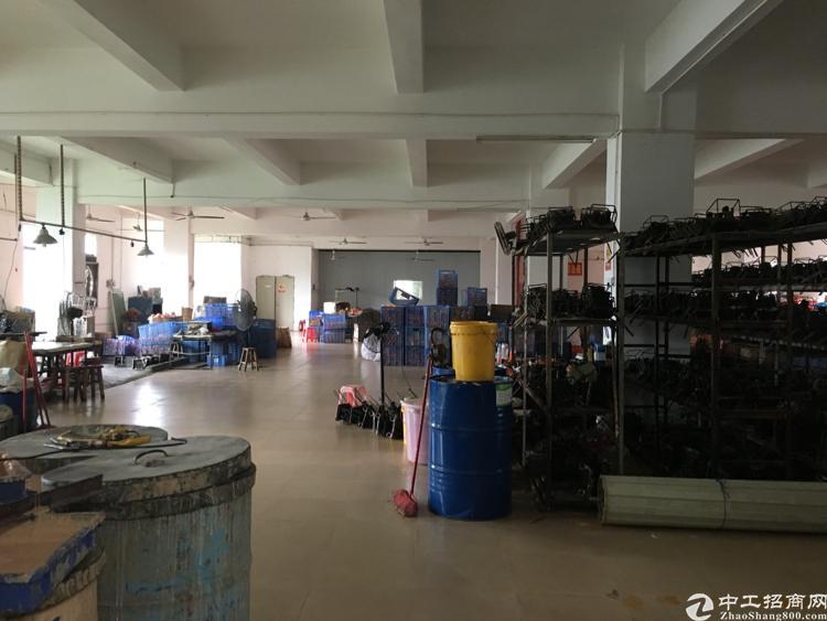 坪山沙博工业区3楼红本厂房1000平米整层出租