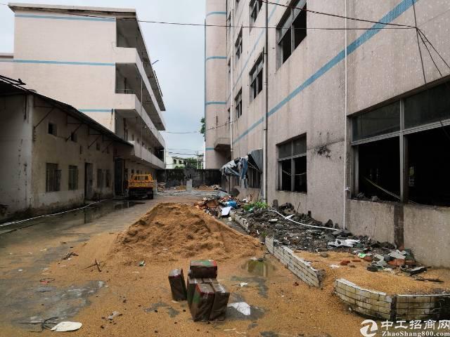 坪山坑梓独门独院村委厂房出租5200平米正在翻新中