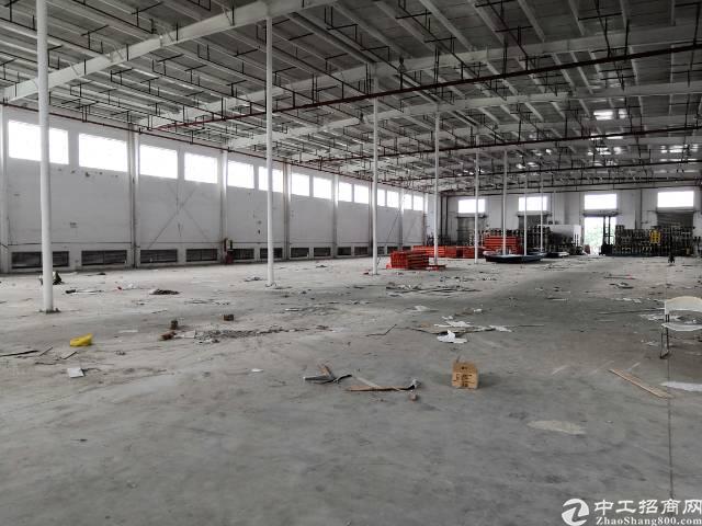 原房东坪山大工业区滴水12米红本钢构厂房出租2900平米