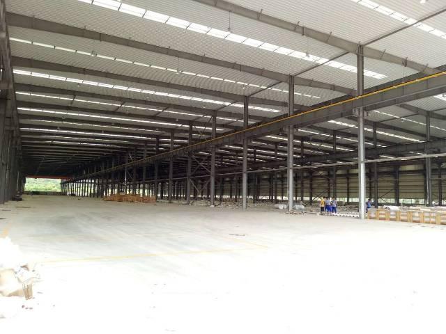 东菀厚街钢构厂房出租10万平 高12米