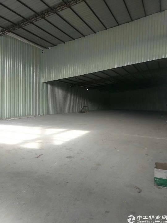 布吉南湾学校旁钢结构680平,使用面积大