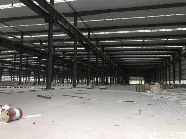 新出独院钢构45000平出租