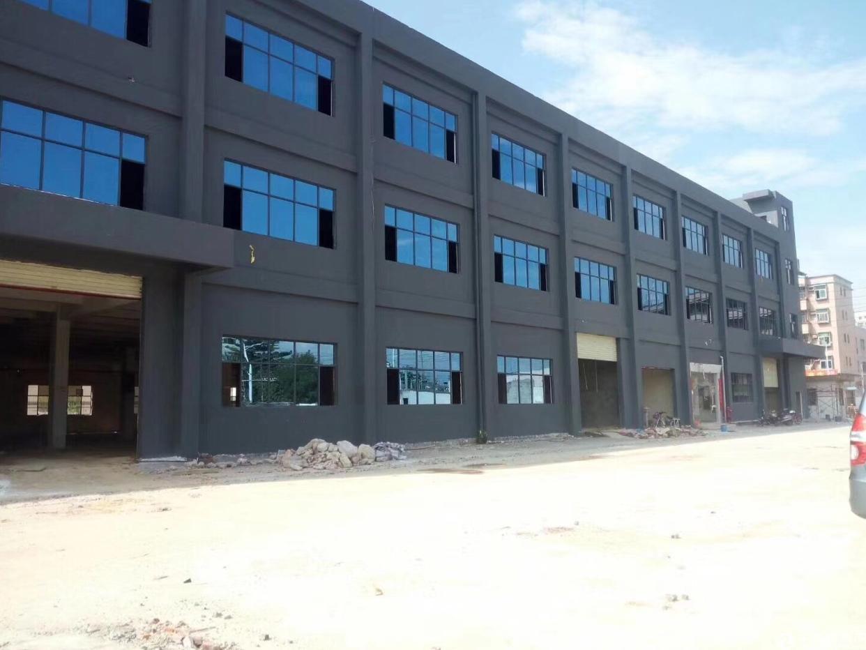 龙岗南联,工业区厂房,带装修1200平方出租