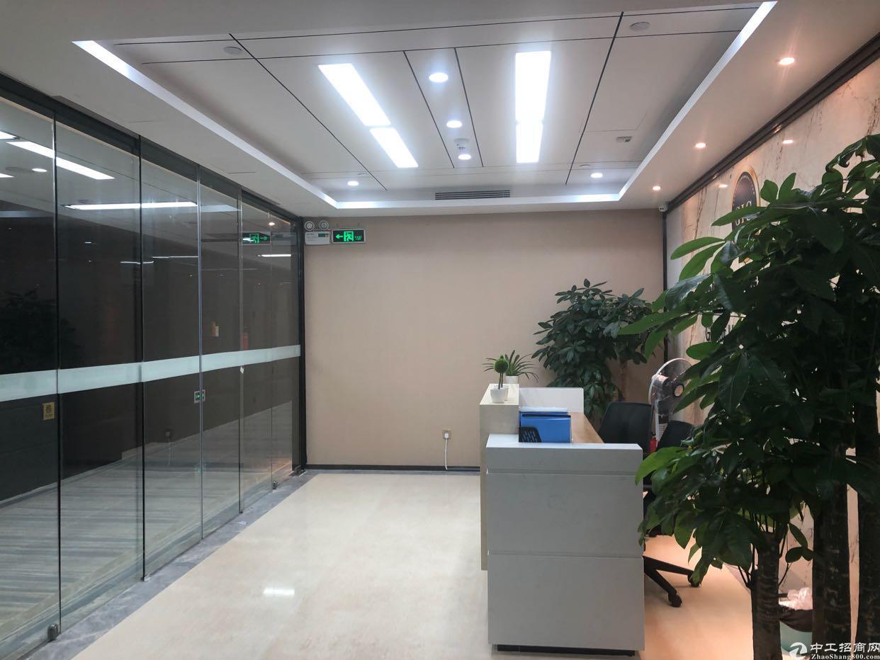 福田中心区精装办公楼带家私地铁零距离莲花山公园