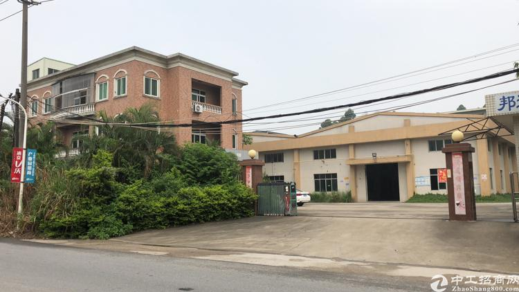 常平镇靠黄江5500平方花园式单一层独院厂房出租
