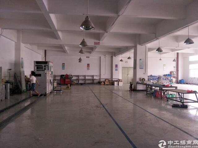 松岗江边新出楼上标准重工业厂房红本厂房出租-图3
