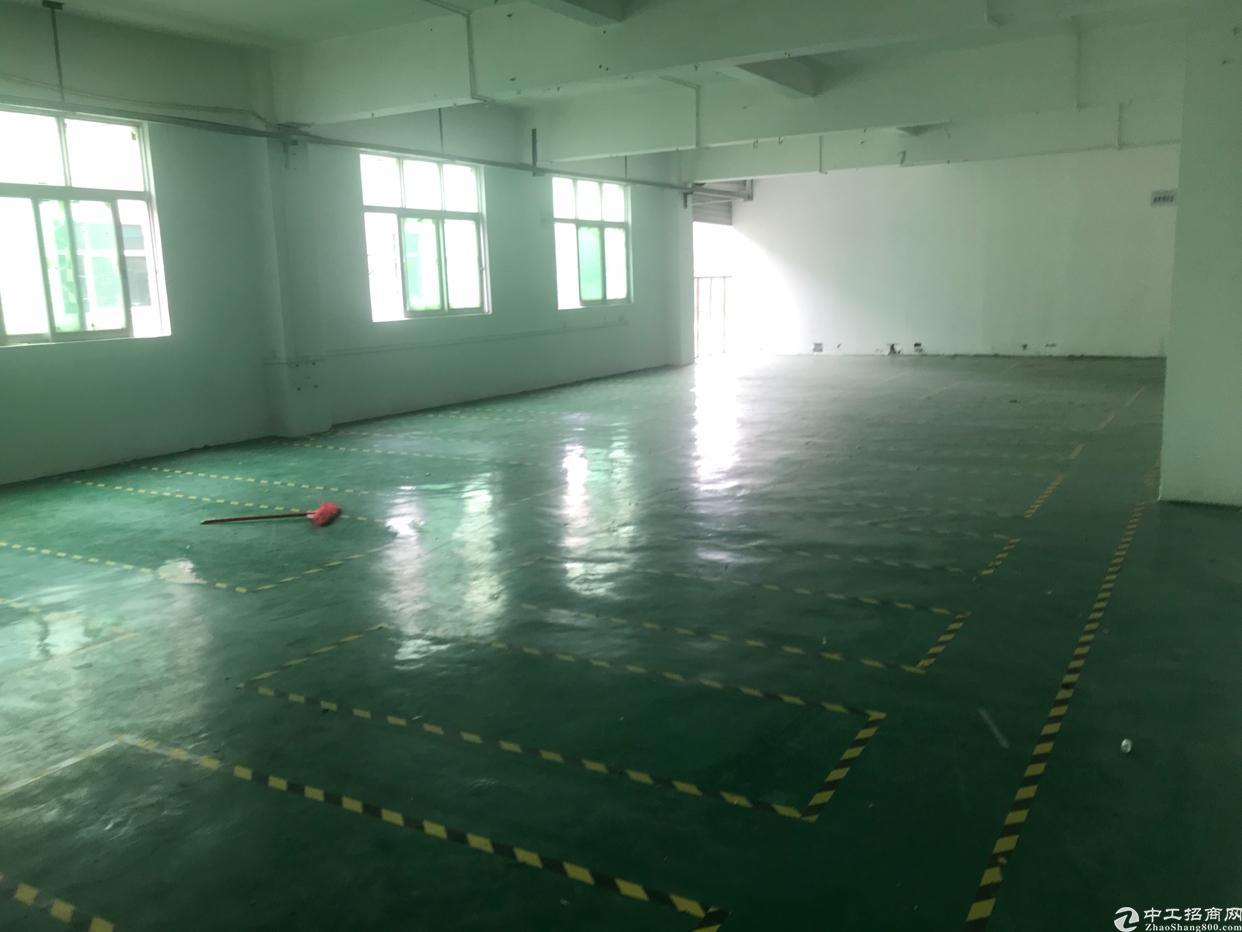 龙华龙胜工业区一楼2000平,可以做重型加工行业